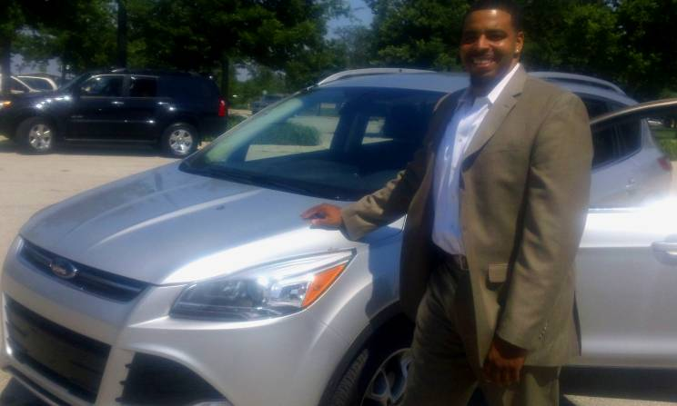Auto Correspondent Jamar Lee with the 2013 Ford Escape