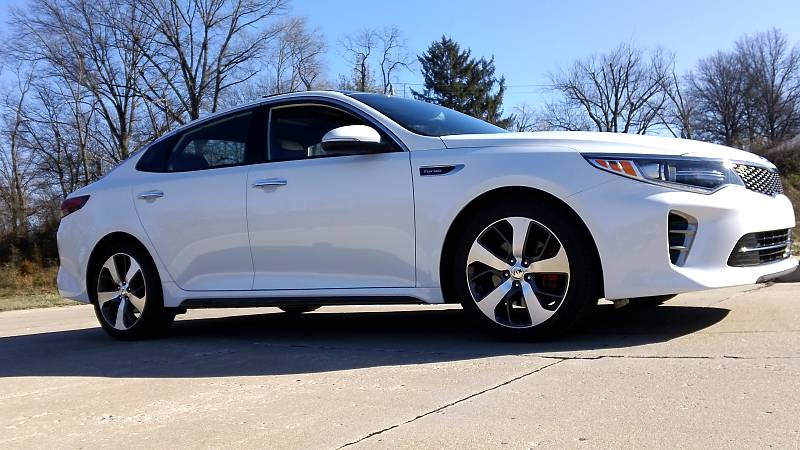 first drive 2016 kia optima sx turbo a quintuple threat unrated flair. Black Bedroom Furniture Sets. Home Design Ideas