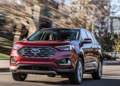 2019 Ford Edge Titanium vs 2019 Ford Edge ST